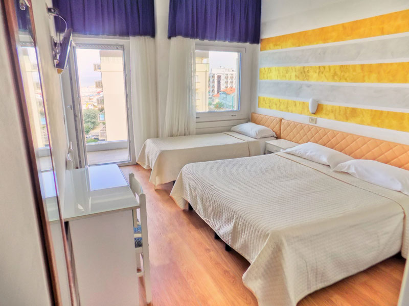 Sea View Rooms in Riccione Hotel   Hotels Diplomatic
